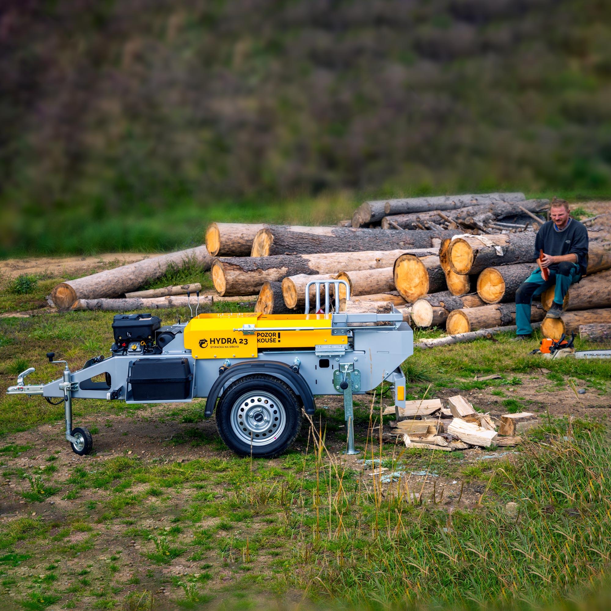 Štípačka na dřevo pro profesionální použití